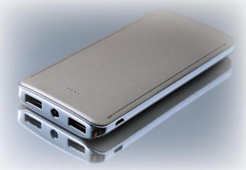 18-E066172000 銀框皮紋行動電源